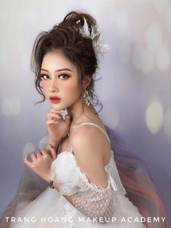 Trang Hoàng Makeup Academy